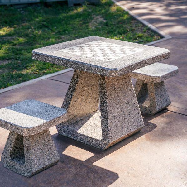 Masa sah table exterior